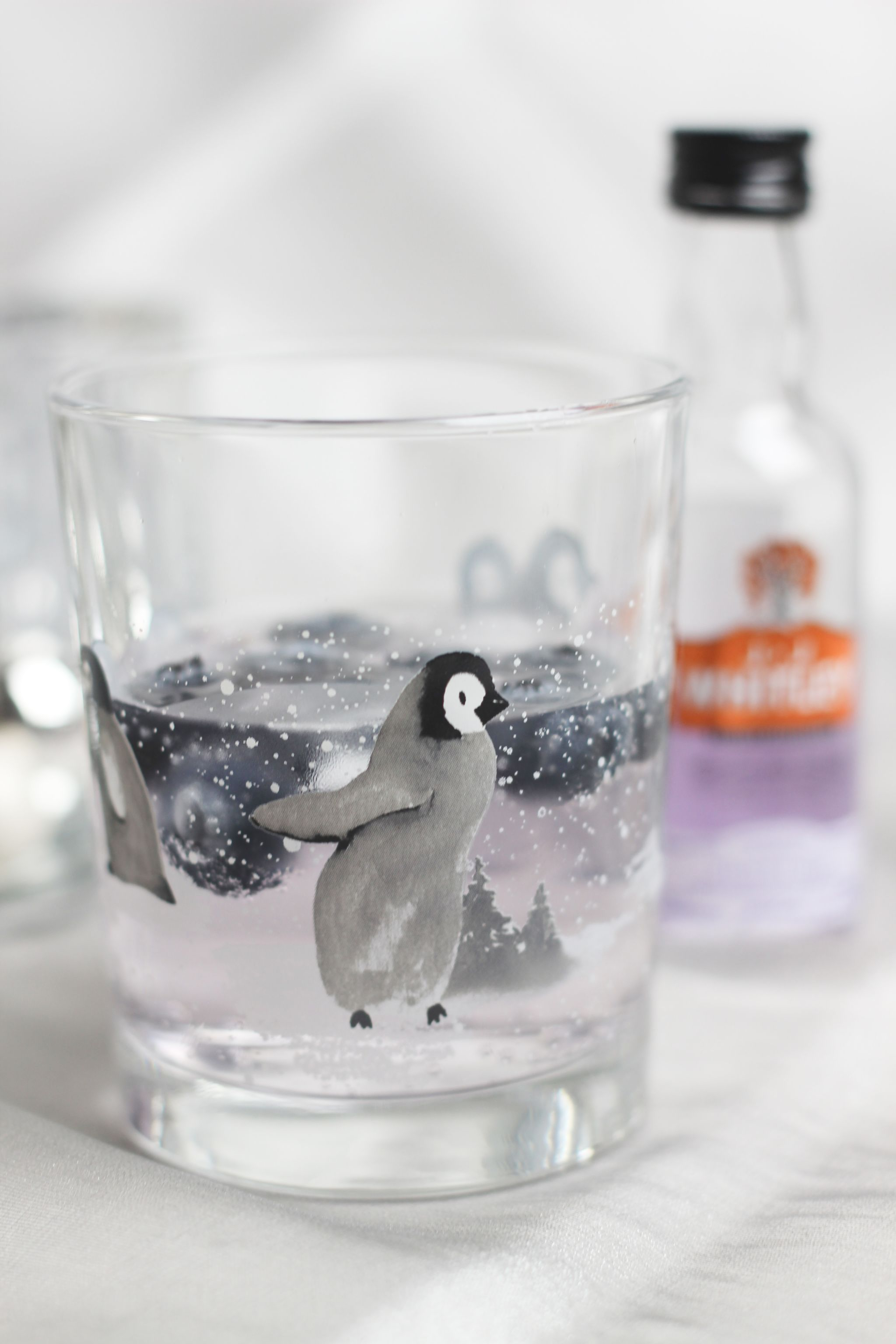 ILoveGin Violet Gin Penguin Glass