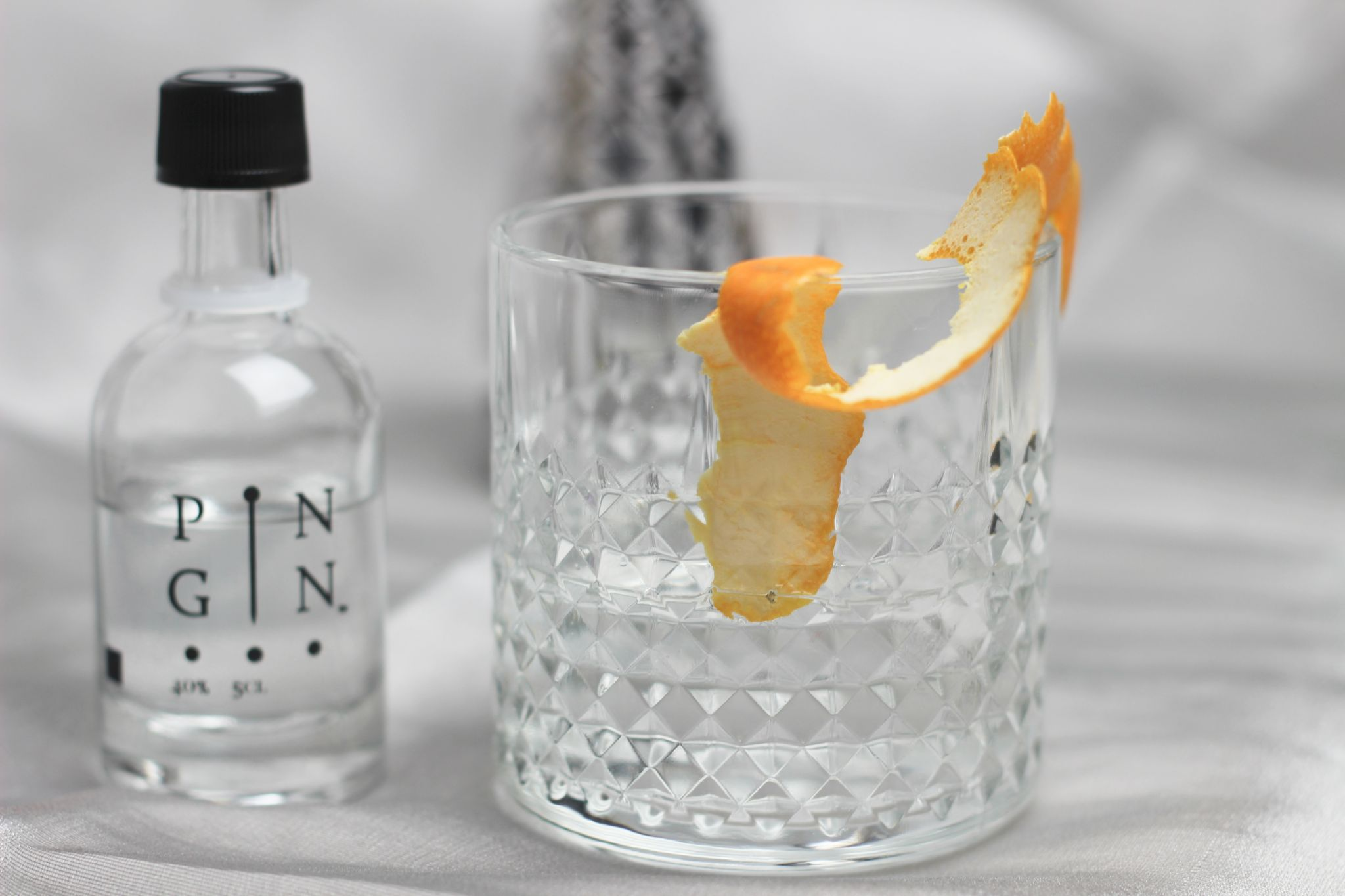 ILoveGin Pin Gin Tonic Orange Peel on Glass