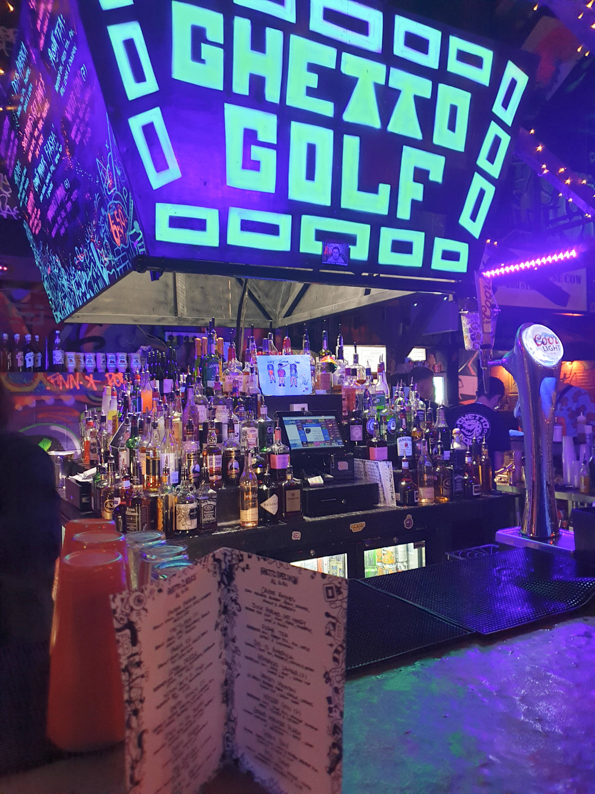 Ghetto Golf Logo and Bar